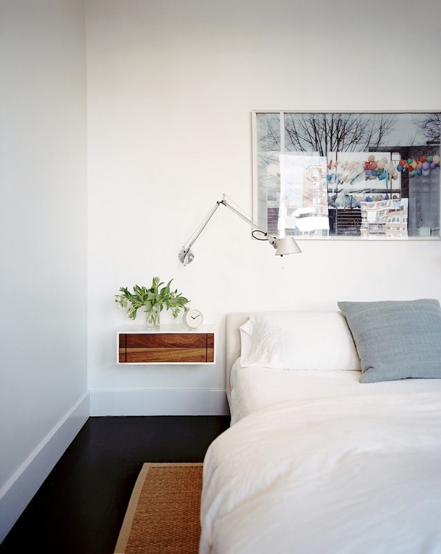 Top 10 alternatives to nightstands froy blog Simple bedside table designs