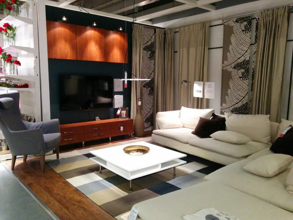 Furniture stores in nyc 12 best shops for modern designs for Display home furniture